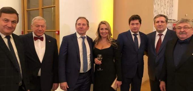 Президент АПП СПб Радченко В.А и руководители крупных промышленных предприятий члены АПП СПб